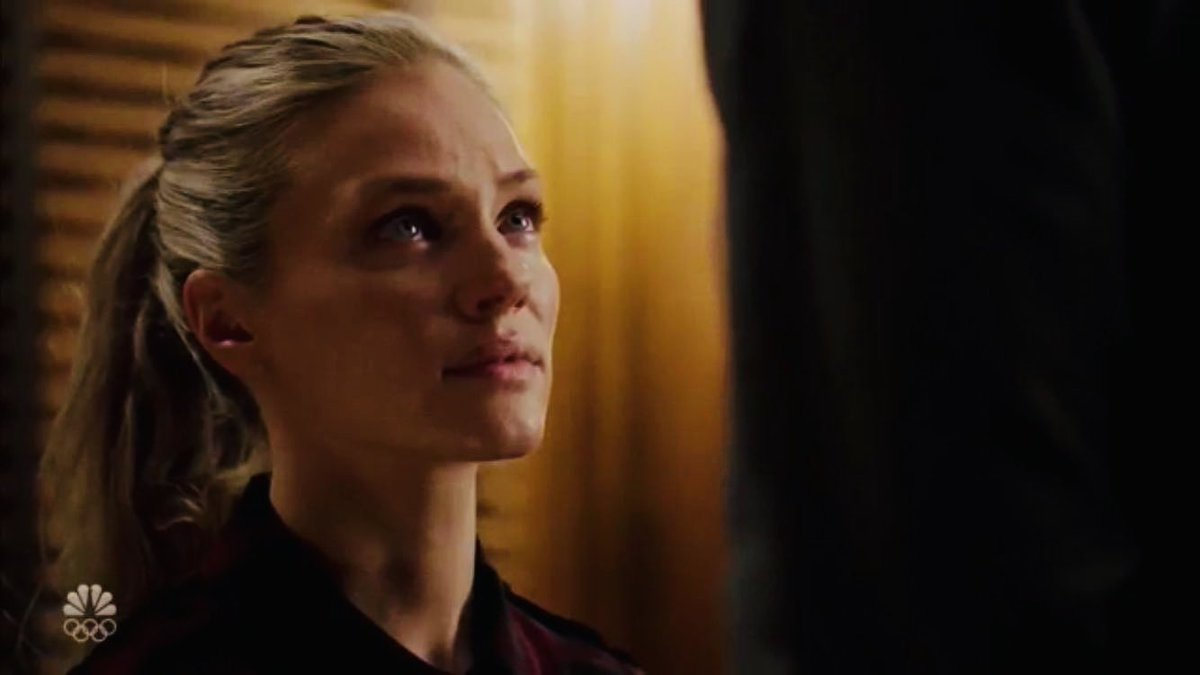I cannot stop thinking about how still hailey sat when voight screamed in her face. the only place you can see her reacting is in her eyes. how many nights she must have done the same thing hoping it'd make her dad stop quicker ... I just want to wrap her up in a hug #chicagopd<br>http://pic.twitter.com/Os3QkcffWM