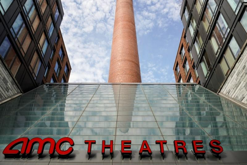 AMC Theatres furloughs CEO, corporate employees due to virus https://t.co/ppcx519wut https://t.co/6dbMp6w0U9