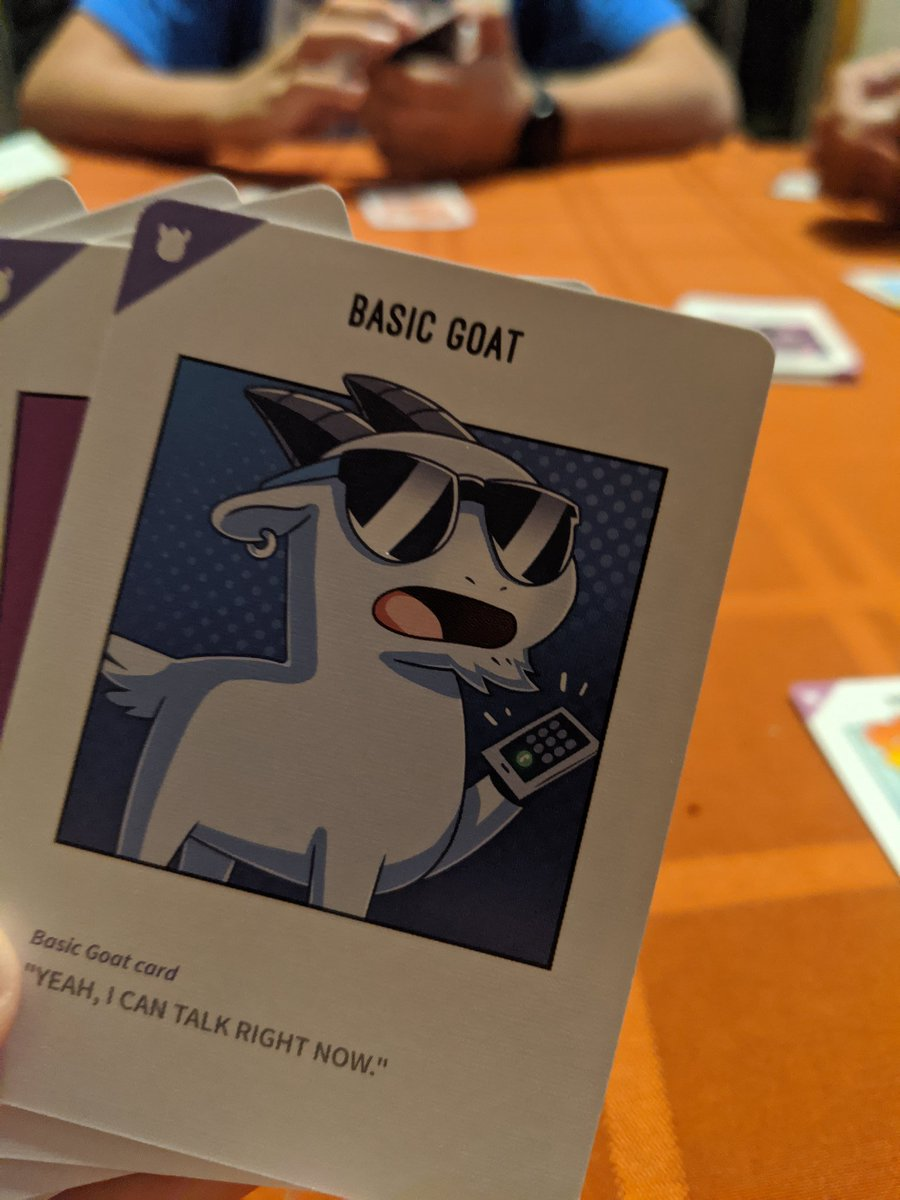 Tonight's card game #llamasunleashed #unstableunicorns #explodingkittens pic.twitter.com/h2oMI5DJXd