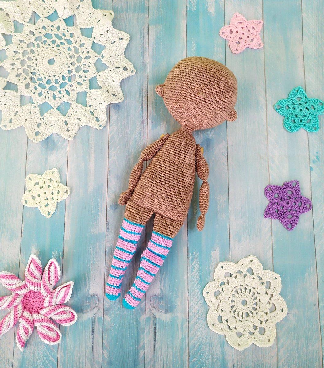 Lady Amigurumi Doll Free Pattern | 1200x1056