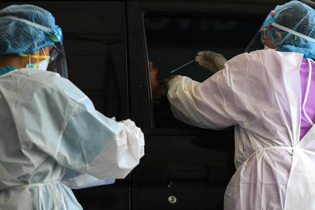 Factbox: Latest on the spread of the coronavirus around the world https://www.reuters.com/article/us-health-coronavirus-latest-factbox-idUSKBN21D0HT?taid=5e7c57c4ef5fb40001469af8&utm_campaign=trueAnthem%3A+Trending+Content&utm_medium=trueAnthem&utm_source=twitter…