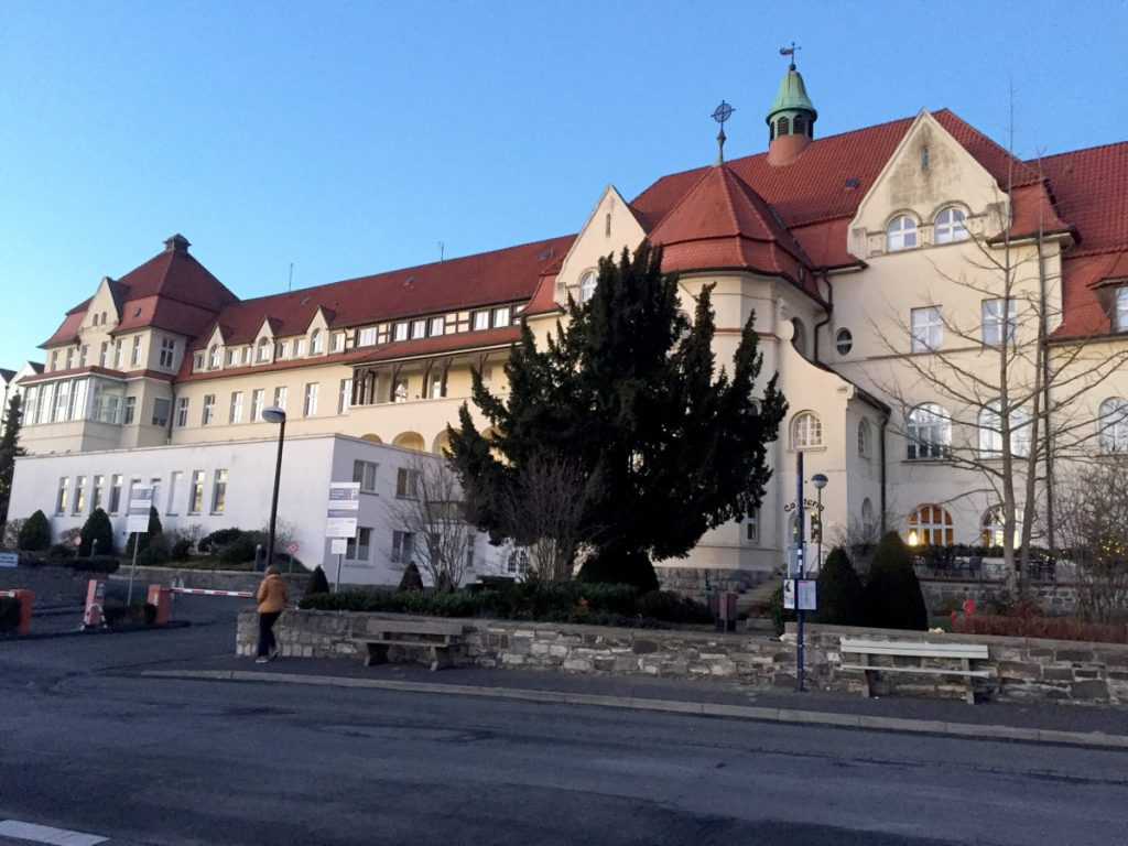 Klinikum Hochsauerland sieht im Finanzierungsvorschlag für Krankenhäuser erste Verbesserungen …https://www.blickpunkt-arnsberg-sundern-meschede.de/klinikum-hochsauerland-sieht-im-finanzierungsvorschlag-fuer-krankenhaeuser-erste-verbesserungen/…pic.twitter.com/uwlphtIiHK