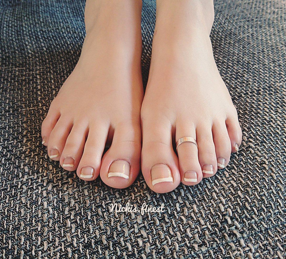 Uf vary sexy feet toes uf