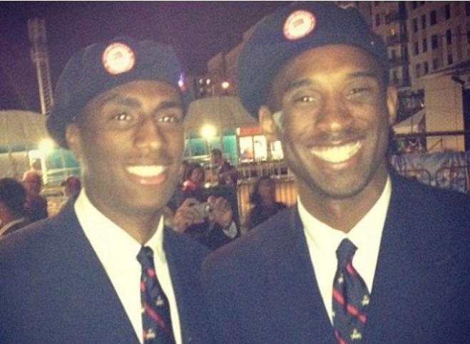 引老詹轉發!7年前Kobe曾在倫敦偶遇「雙胞胎兄弟」?原來他有特殊身份!-籃球圈
