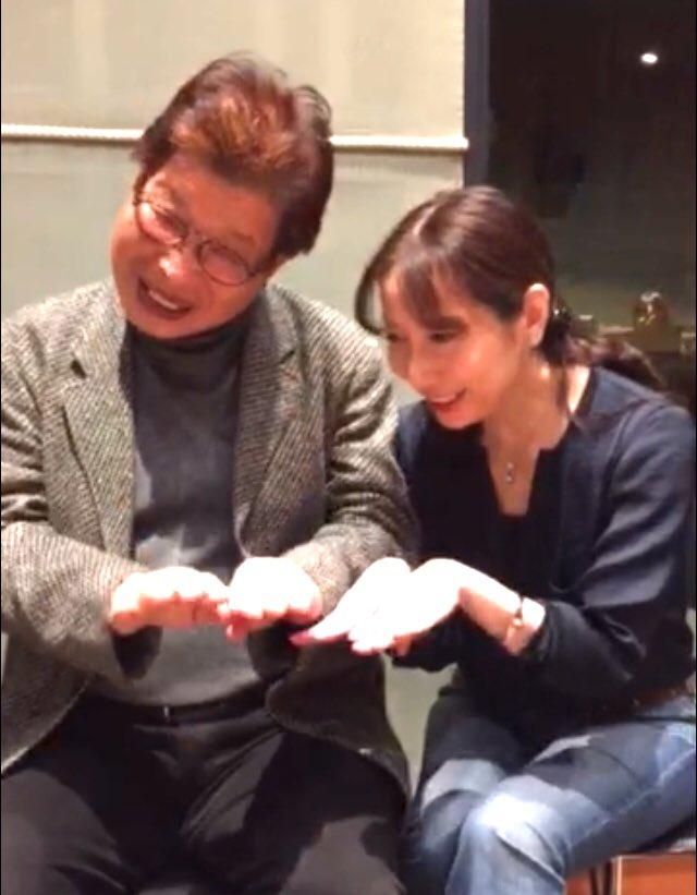 増岡弘さん 32年間 隣の席で 自然の美しさに心を開き 人生を喜んで生きる事の大切さを教えて下さいました  「おいしくなぁれ」と想いを込めて声を合わせる楽しさ、忘れません  人生は良い時ばかりじゃない。だからこそ笑顔は宝物  永遠のジャムおじさん ありがとうございました  いってらっしゃーい