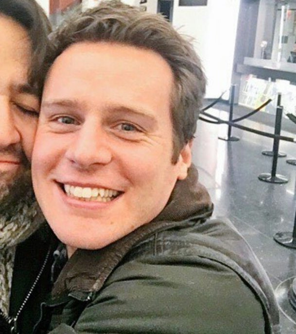 Happy birthday to Jonathan Groff, the babiest of all