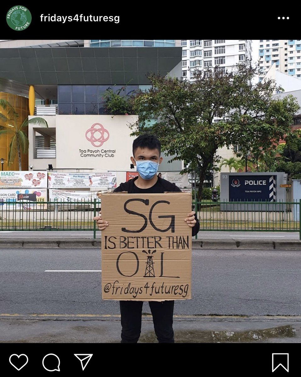 This 20-year-old held up a placard and posed for this photo drawing attention to #Singapore, Big Oil, and the #climatecrisis. The police called him up to be questioned. His appointment was at 10:45am this morning. As far as I can tell, he's still w/ the police. #FridaysForFuture