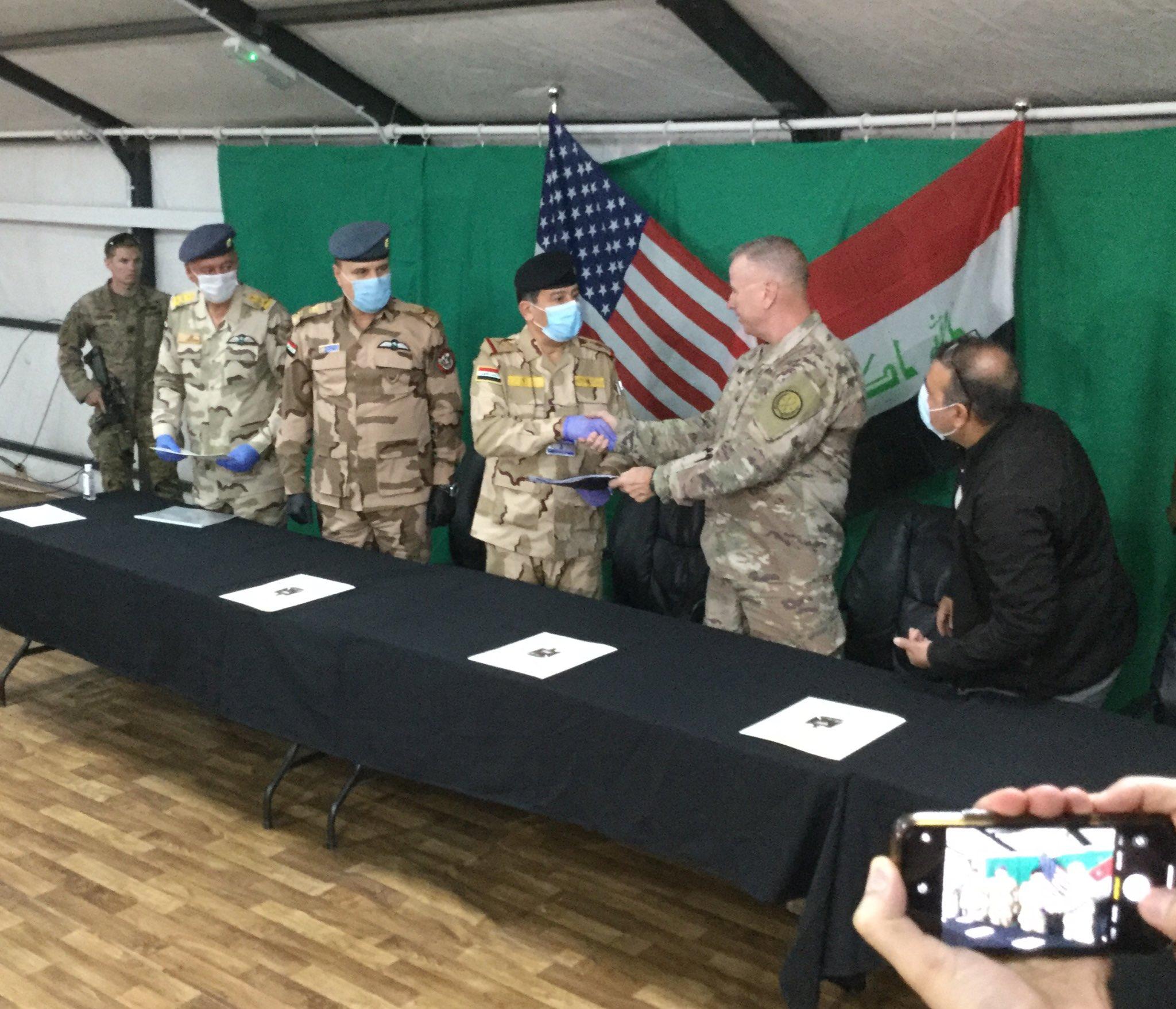 ترامب: على بغداد أن تدفع إذا سحبنا قواتنا من العراق EUBvtR6XgAIJmVV?format=jpg&name=large