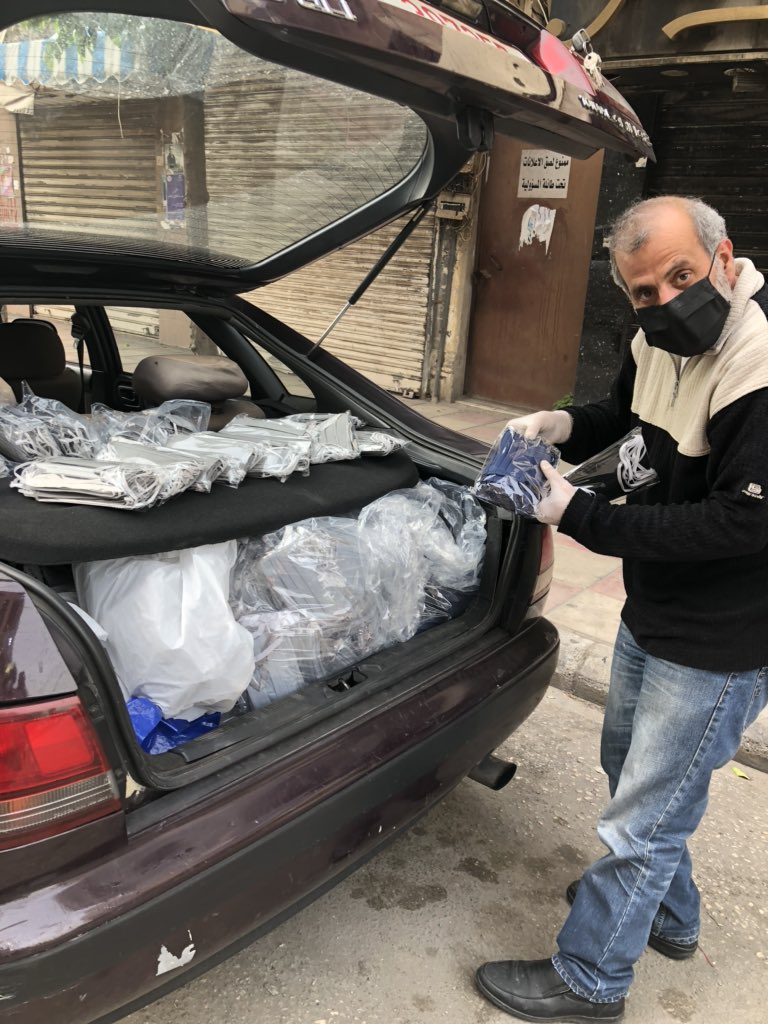 Yes, this man is selling masks out of back of his car. #Lebanon #COVIDー19 #coronavirus