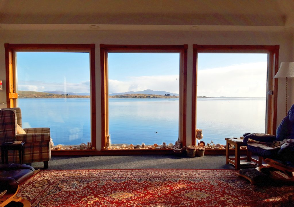 test Twitter Media - RT @EilidhCarr: Views like this from the sittingroom are making lockdown a little better 💙 #Berneray #OuterHebrides https://t.co/QlrYtpiOHF
