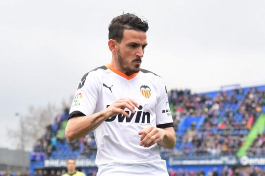 #Florenzi wont return to #Roma as #Fiorentina and Inter tempt: the details dlvr.it/RSbS6h