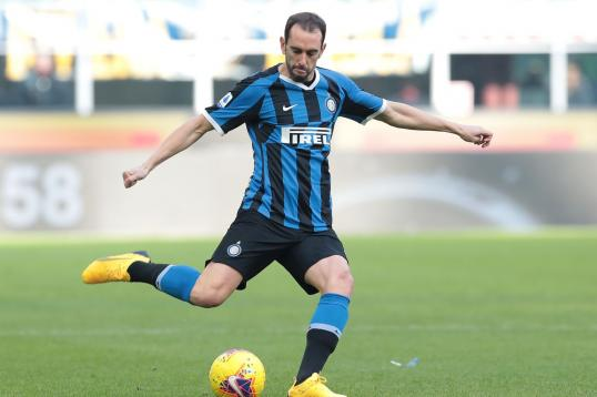 #Inter, two offers have arrived from the #PremierLeague for #Godin dlvr.it/RSbdtN