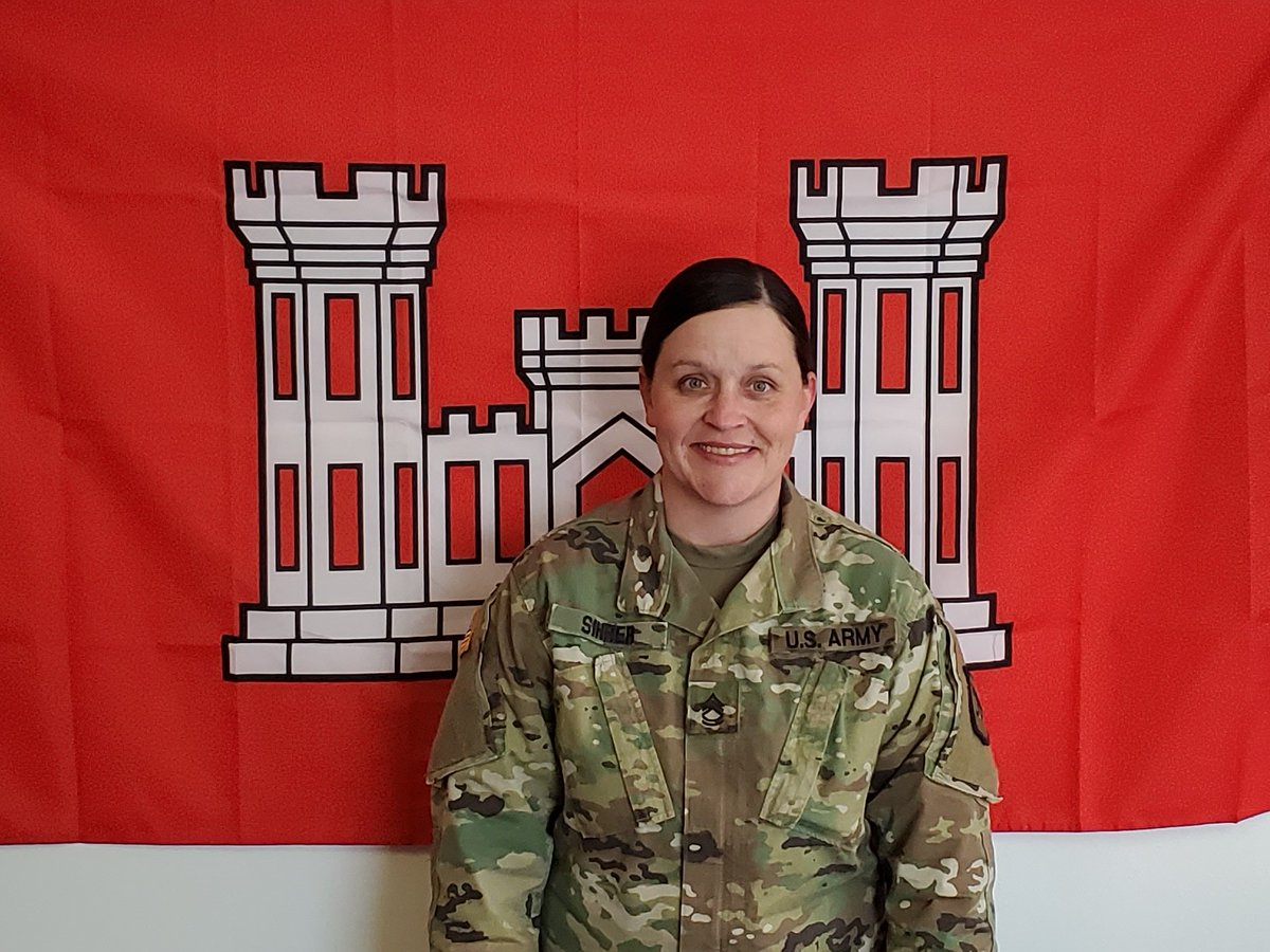 In recognition of Women's History Month, the South Dakota National Guard would like to highlight Sgt. 1st Class Christina Sihrer a Horizontal Construction Engineer with the 109th Engineer Battalion. http://ow.ly/9Q6x30qsSdu #WomensHistoryMonth #SDNG #Runwiththepack pic.twitter.com/TNM5LbmARA