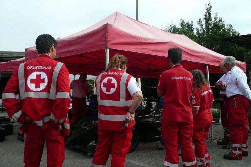 Farmaci a domicilio con la Croce Rossa https://t.c...
