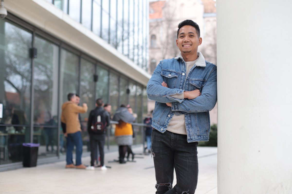 Get to know Ahmad and read the full interview here👇   #SZTEFaces #UniversityofSzeged #SZTEinternational #StudyinSzeged #Hungary #SZTE  Photo Creadit: Bobkó Anna 📷