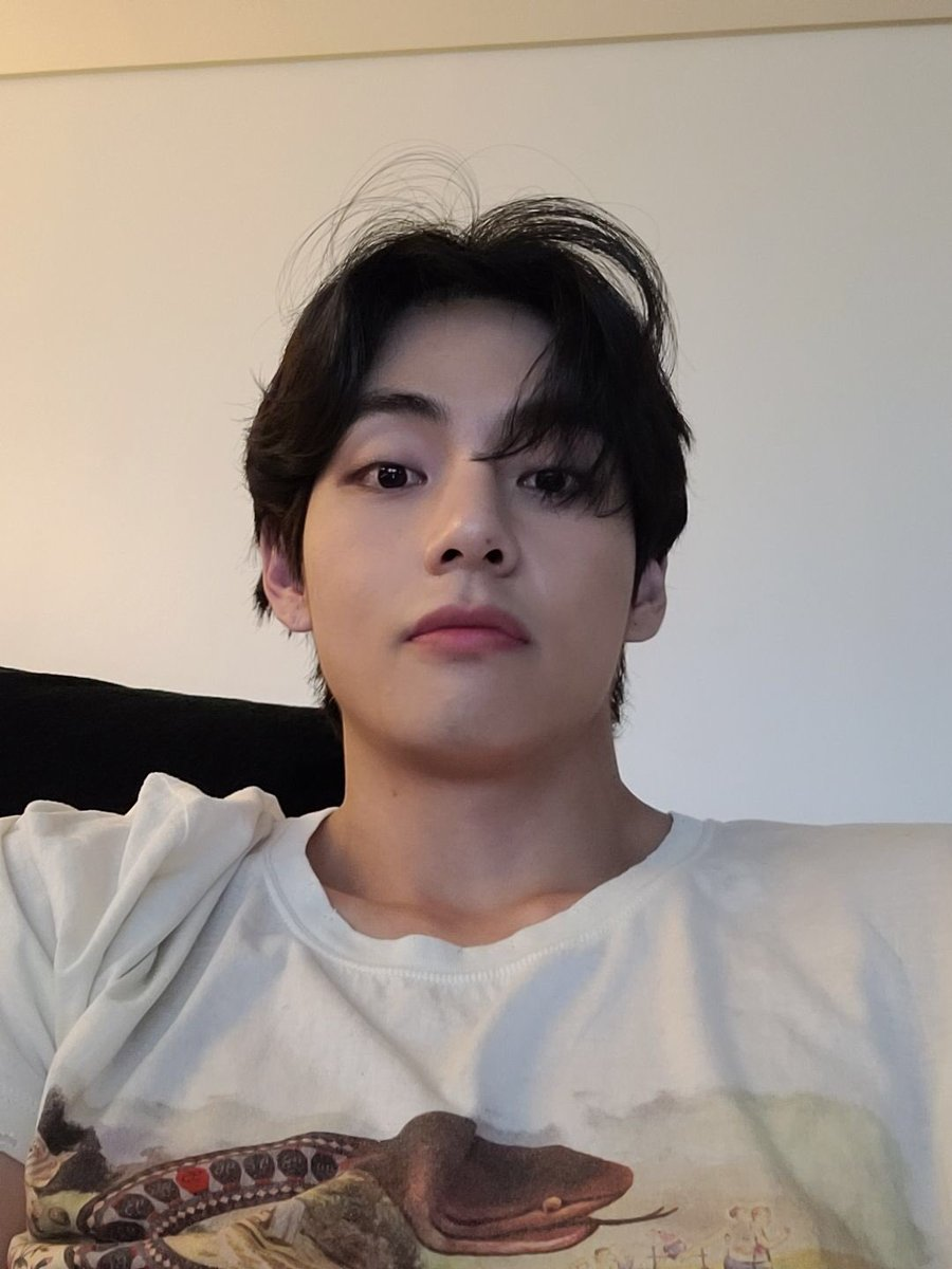 Taehyung Pics⚡️ Taehyungpic