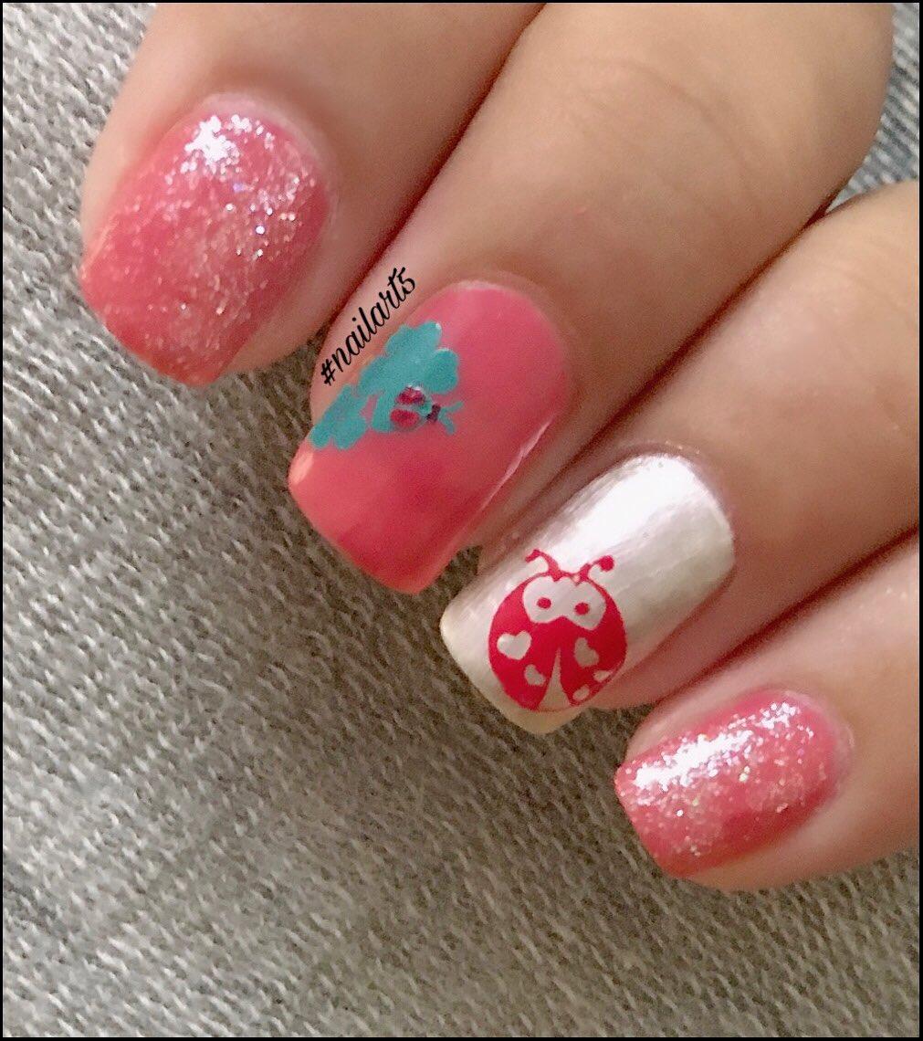 Bug  mani ||  #nailart5 #nailart5bykv #nails #polish #polsihgirl #naturalnails #bugnailart #opi #temixpolish #nailart #nailartdesign #nailartwow #nailartclub #colors #beauty #nailfashion #nailartswag #nailartaddict #nails2inspire #lovenailart #nailsonfleek #nailartlovepic.twitter.com/j8imt0ISsi