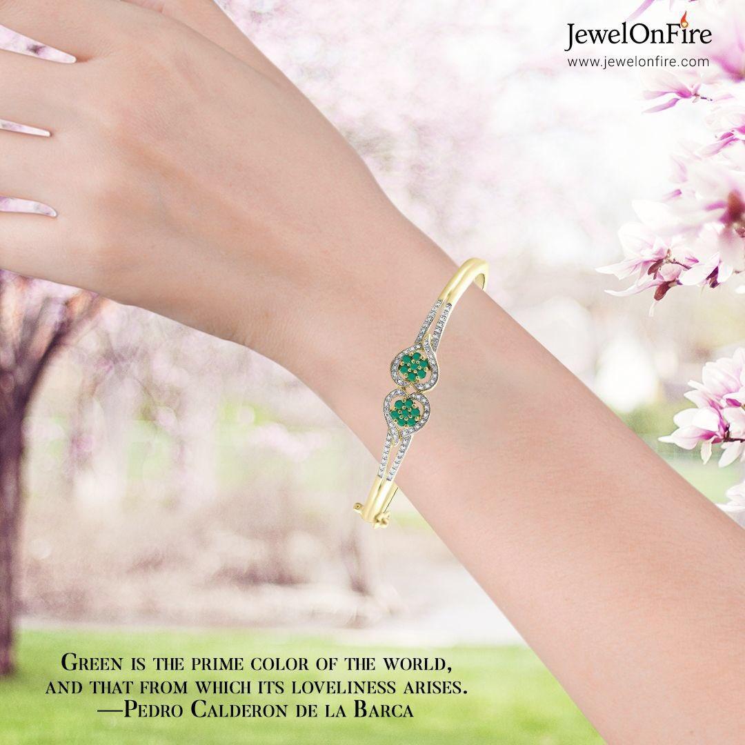 """Spring reminds us that resilience is only a season away.  Angie Weiland-Crosby   #bracelet #emeraldbracelet #heartbracelet #gemstonejewelry #diamondbracelet #diamondjewelry #diamondlover #jewels #jewelry #women #gift #jewelrylover #jewelryshop #jewelrylove #jewelrystorepic.twitter.com/bEyxK6Jwuc"