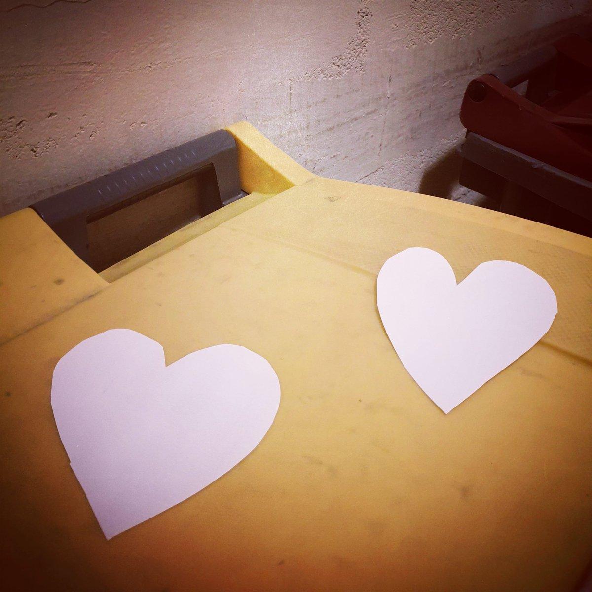 🙏 Un petit post-it ou un grand dessin, ça leur fera chaud au coeur : pensez aux agents de propreté qui sont toujours au front 😀