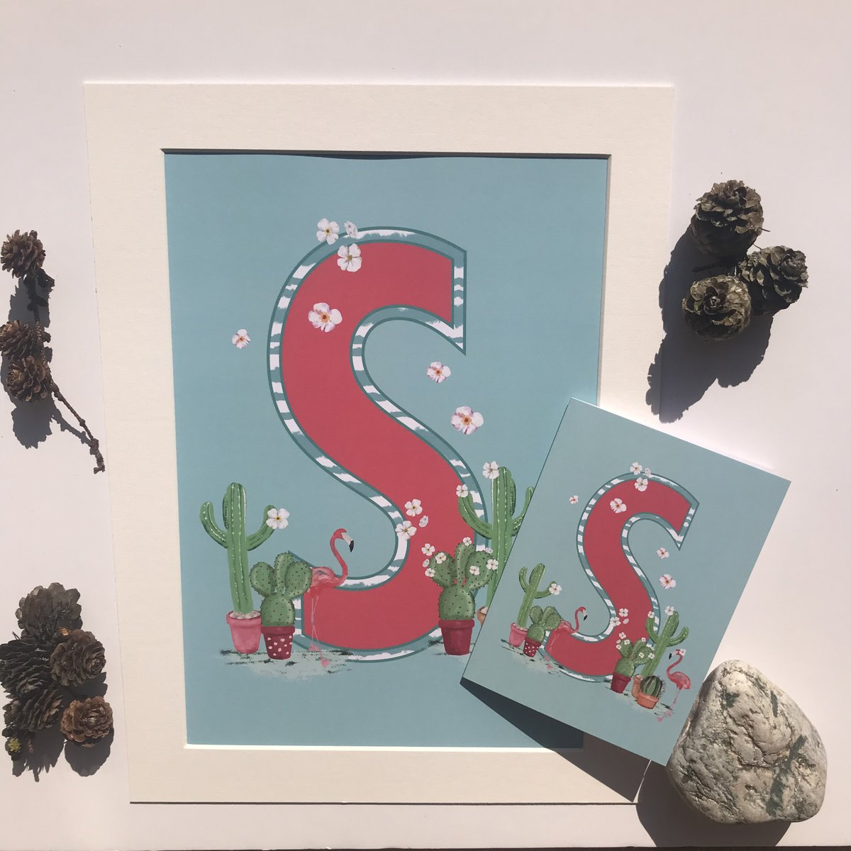"It's been a busy day photographing the new Alphabet A4 print and greeting card gifts set... I just had to post a photograph of an ""S""!  #new #newdesigns #sarahbdesign #alphabet #giftset #besidethesea #formby #crosby #southportpic.twitter.com/0Pv2a5o8eD"
