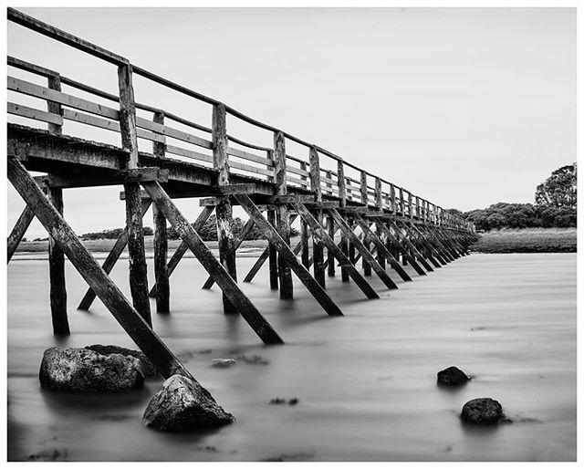 @alexscotphoto Beautiful image of Aberlady Bay Bridge. . . . #aberlady #eastlothian #bridges #longexposure #longexposure_shots #longexposurephotography #longexpo #landscapephotography #landscape #peaceful #serenity_nature #naturephotography #bwphotograph… https://ift.tt/2WNvyy6pic.twitter.com/kaTBXJL8ON