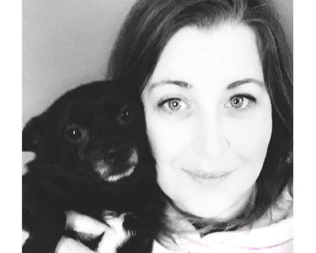 Let's start a pet selfie thread to spread some cuteness! This is me and my boy Noble. He's a 5 year old pomahuahua. Who are you chilling with? #pet #StayAtHomepic.twitter.com/m9mqqFCPX7