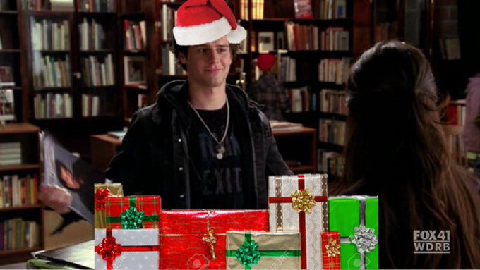 I will be bringing back festive Jesse in honor of Jonathan Groff s birthday today. HAPPY BIRTHDAY MY KING