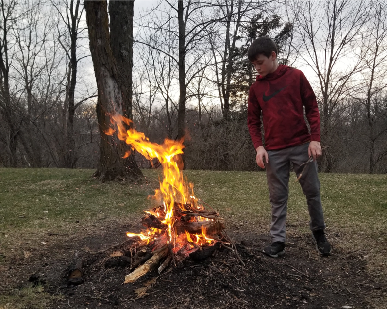 I'm Alex, a SS and Tech Consultant for @HeartlandAEA Just in from a backyard fire! #iasocialstudies