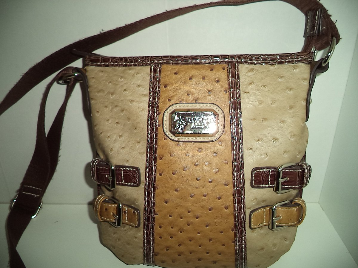 Excited to share the latest addition to my #etsy shop: US Polo Assn Tan Shoulder Strap Crossbody Bag Purse with Brown Trim, Faux Ostrich Leather, Zipper, Adjustable Strap, Like NEW https://etsy.me/3apI4I0 #bagsandpurses #beige #birthday #valentinesday #brown #bohohippipic.twitter.com/Jm5mdthUph