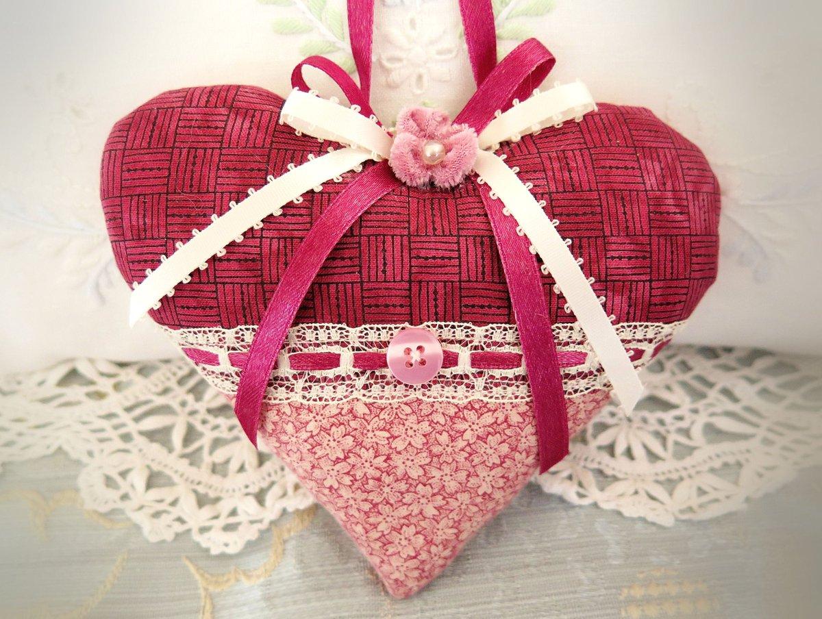 "Sharing the latest addition to my #etsy shop: Pretty Fancy Valentine Heart Ornament 5"" Home Decor Door Hanger Raspberry Pink Heart Folk Art, Handmade CharlotteStyle Decorative Folk Art https://etsy.me/3aoxMYC #pink #anniversary #valentinesday #charlottestyle #pic.twitter.com/xPoQYaWAzQ"