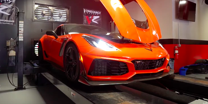 's Media: RT @RoadandTrack: Listen to this Chevy Corvette ZR1 lay down 875 horsepower on a dyno. https://t.co