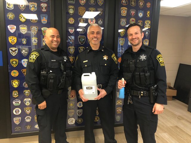 THANK YOU to 28 Mile Distilling for supplying us with much needed hand sanitizer to assist us in remaining healthy during this difficult time. #covid19 #thankyou #28milevodka #waukeganpolice #pandemic https://t.co/eYWs6hQ2Jz