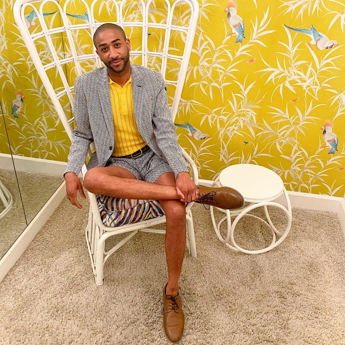 @paulpressure is bringing some color to brighten everyone's day ☀️ #MTOptimisim #MrTurkStyle #MrTurk #MrTurkSuitsYou