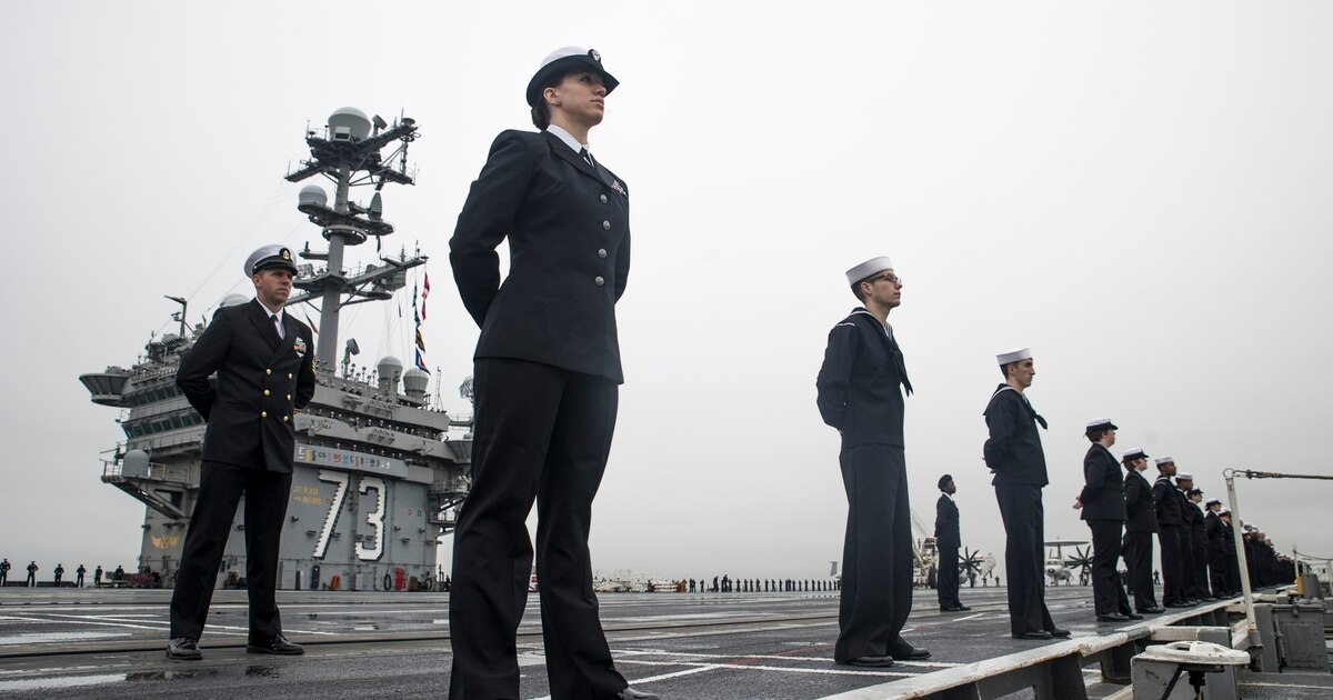 35 more sailors test positive Thursday for Covid-19. trib.al/N4Xd2ib