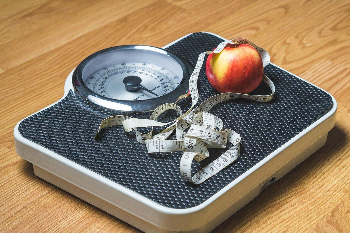 Amazing best seller weight loss book here  #paleolife http://amzn.com/B01AQPFGI4pic.twitter.com/5RrW8koXus
