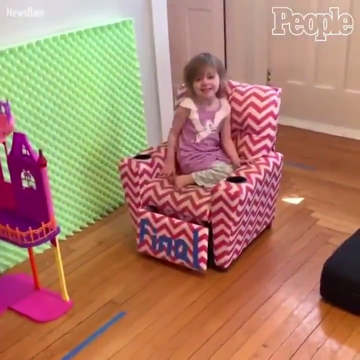 Dad creates homemade obstacle course for kids during self-isolation.