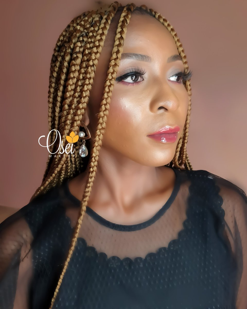 Cool glam for that Friday evening outing..  #oseimakeup #oseibyvictori #lagosmua #makeupartistinlagos pic.twitter.com/I2doGInPre