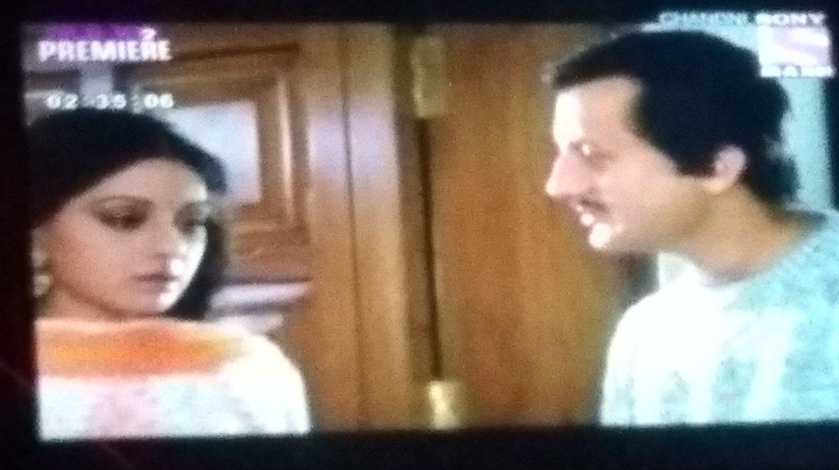 #sunehriyaadein #sridevi n #anupamkher in #chandni now on #sonymax2