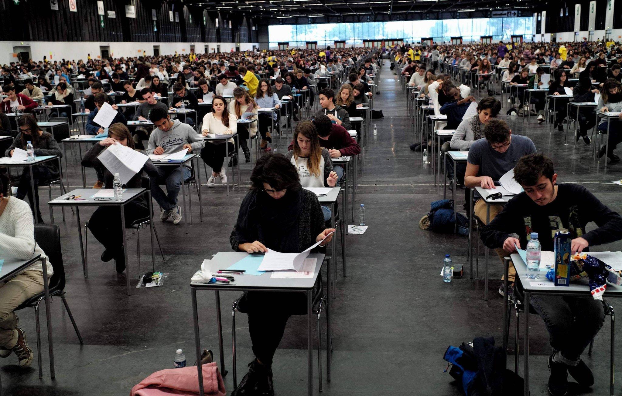 Une info pratique pour tous les étudiants lormontais. #examens #gironde #étudiants #Lormont #Gironde #Information #université twitter.com/SO_Bordeaux/st…