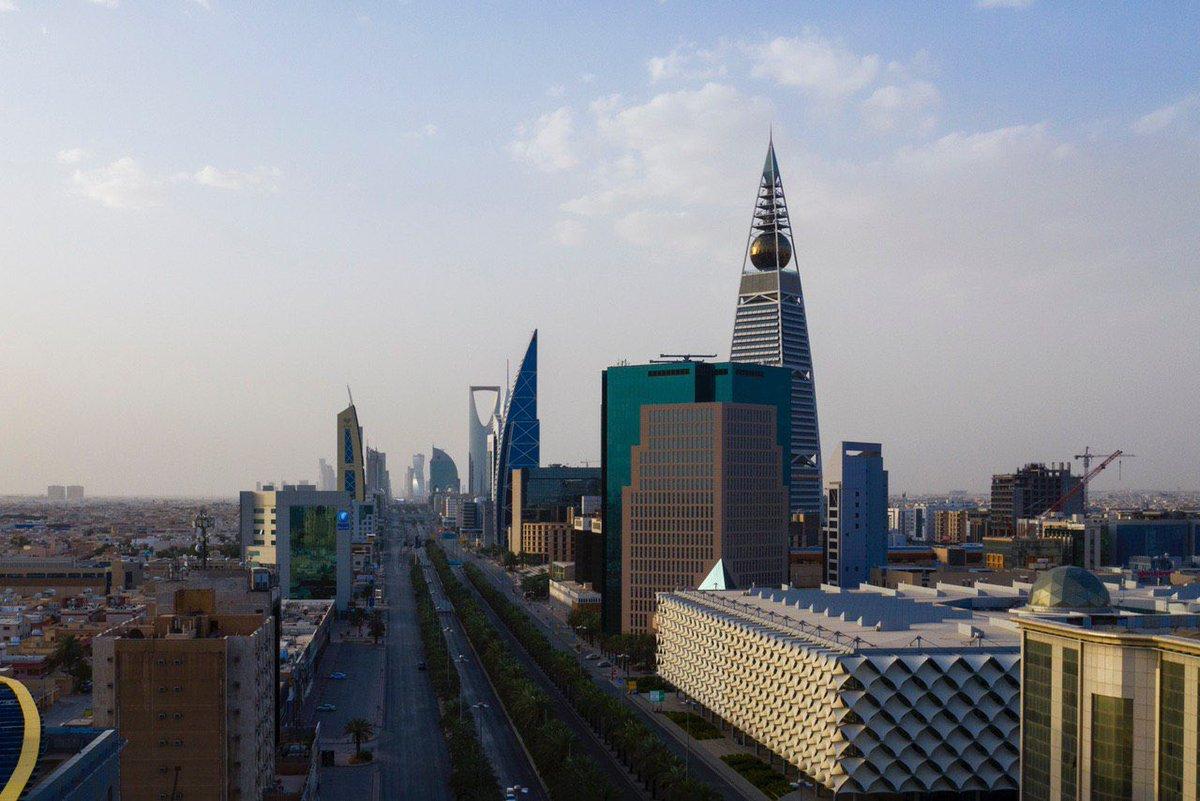 #Riyadh look after 3 PM #SaudiCurfew..pic.twitter.com/TX9HBHneJr
