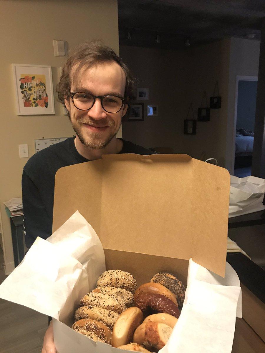 Quarantine birthday bagels > birthday cake twitter.com/WillieCooley/s…