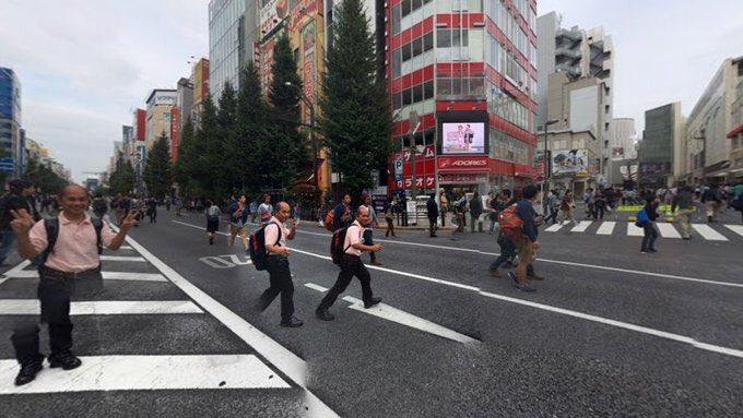 의 미디어: RT @Sayonarachan123: 360度同じおっさんに囲まれるストリートビュー https://t.co/GY6EaacxLl