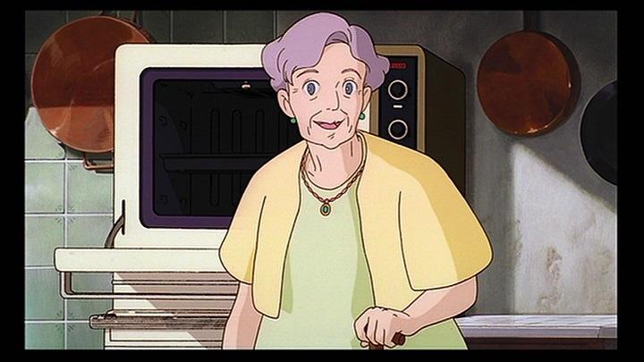 老婦人の声を担当したのは加藤治子さん。本作から15年後には「ハウルの動く城」でサリマン役も担当することになります。老婦人はシナリオ段階では1人暮らしでしたが、お年寄りが持つ寂しさはキキでは埋められないということで、老女中と2人で暮らしているという設定に変更されました。#魔女の宅急便