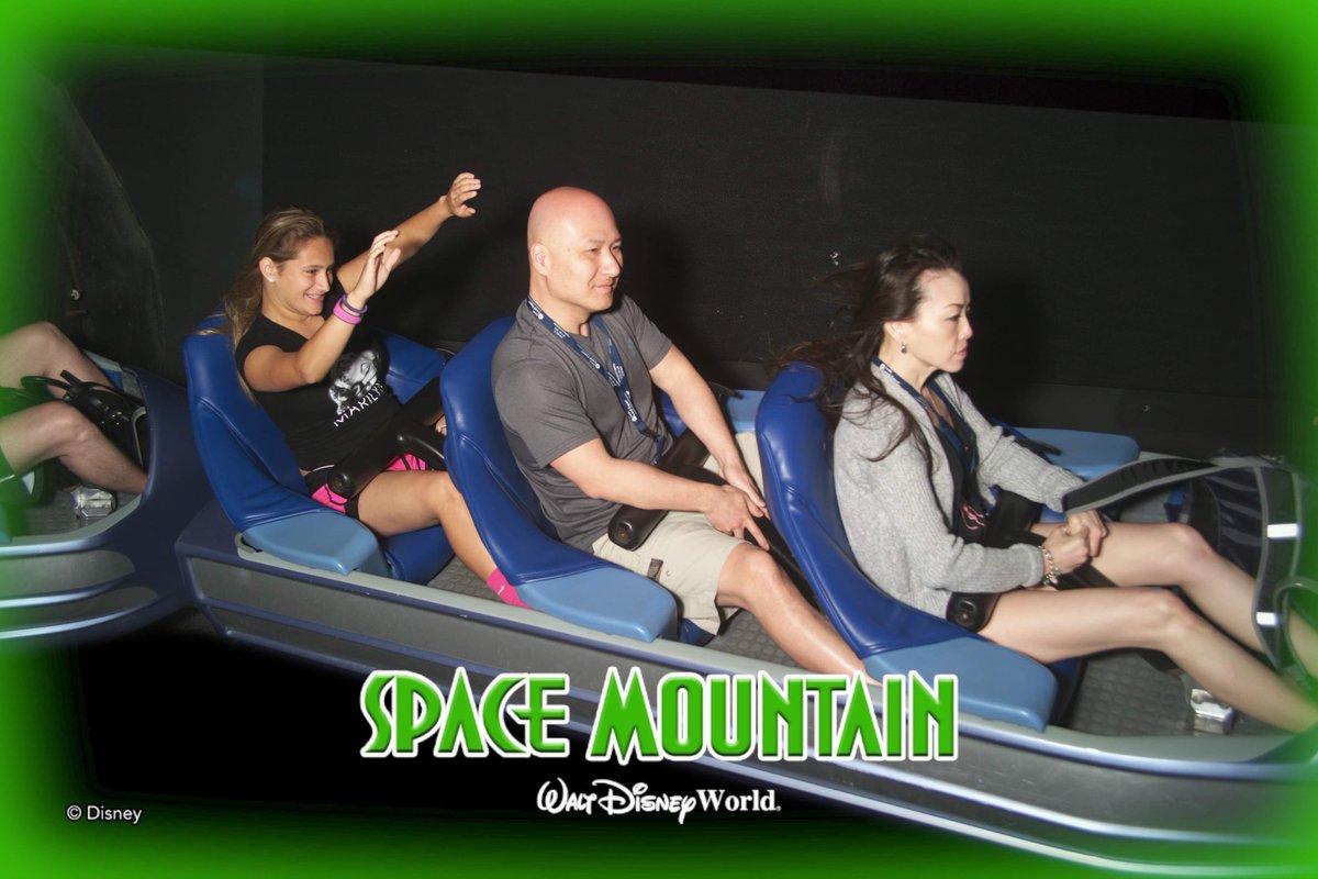 Ok Disney peeps.  favorite resort, fast passes and dining options?  Oh and some Disney pics please!!!  Just trying to keep it fun!!!  #magickingdom #Disney #memorymaker  #DisneyWorld and #Disneylandpic.twitter.com/dISzPxK24f