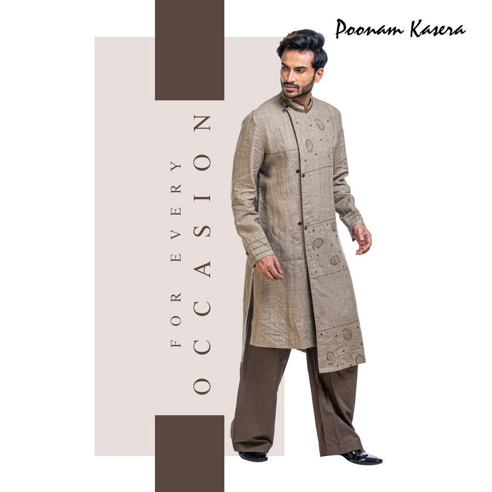 Let this summer be an amazing amalgamation of something ethnic and modern. Explore wide range of Indo-western jackets and kurtas at Poonam Kasera stores.  #NewCollection #RoyalCollection #MadeInIndia #IWearHandloom #Decadent #Regal #IndianCouture #Royal #Vintage #Aristocracypic.twitter.com/OhOWC6PfZE