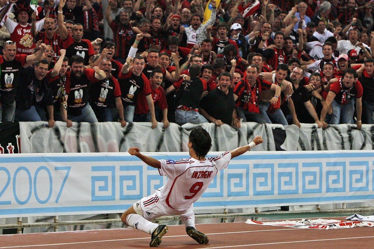"""""""Se in un campo di calcetto si giocasse una partita 200 contro 200, state certi che il primo gol lo fa Pippo Inzaghi"""" (Arrigo Sacchi) https://t.co/sCLRJVat3H"""