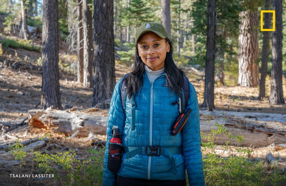 Rae Wynn-Grant (@RaeWynnGrant) didn't go on her first hike until age 20. She is now the only African-American large-carnivore ecologist with a Ph.D. in the United States. #WHM2020 https://t.co/KmLGYm2M5H
