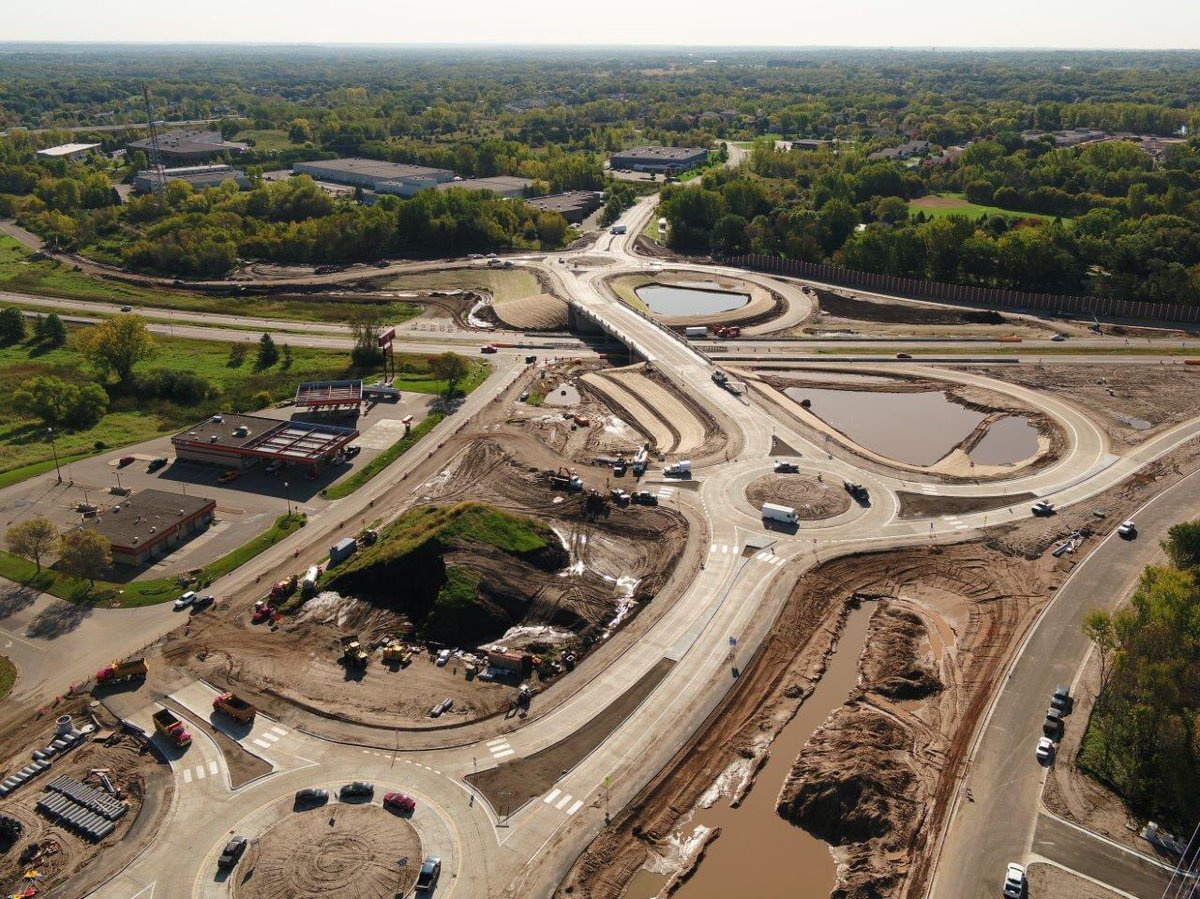 Construction activities will resume on the Highway 36 & Hadley Ave Interchange in @oakdalemn next week. Washington County is working with its contractors & other partners to continue construction projects safely & responsibly. pic.twitter.com/Ia83kQIrjt