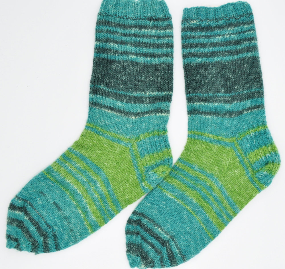knitted mens green wool socks, gift for Christmas, hand knitted socks for men, Father's day gift, Birthday gift for the best person https://etsy.me/2NDg9YZ #EtsyTeamUNITY #craftychaching #InternationalWomensDay2020 #crowdfunding #HappyMonday #Supportsmallbusinesspic.twitter.com/HVpClj1cip