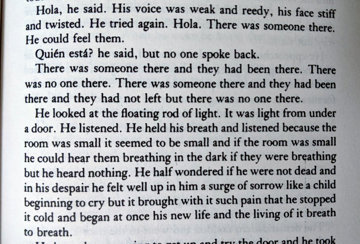 #writingcommmunity All the Pretty Horses. Cormac McCarthy's descriptions are just so damn good. This particular passage wowed me. It brilliantly captures the MC's confused state of mind upon waking up in a strange place after a severe beating. The power of show don't tell. <br>http://pic.twitter.com/6ESJCzVqnH